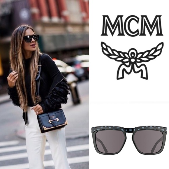 81fa8cb9533 MCM    Unisex Square Logo Plaque Sunglasses. M 5bf96bb3aa5719c627fc78cc